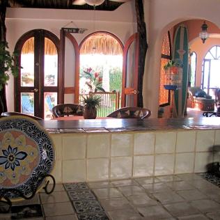 06_Casa Lorenzo_kitchen bar_9157