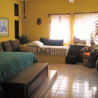 08_Casa Lorenzo_guest bedrm_9172